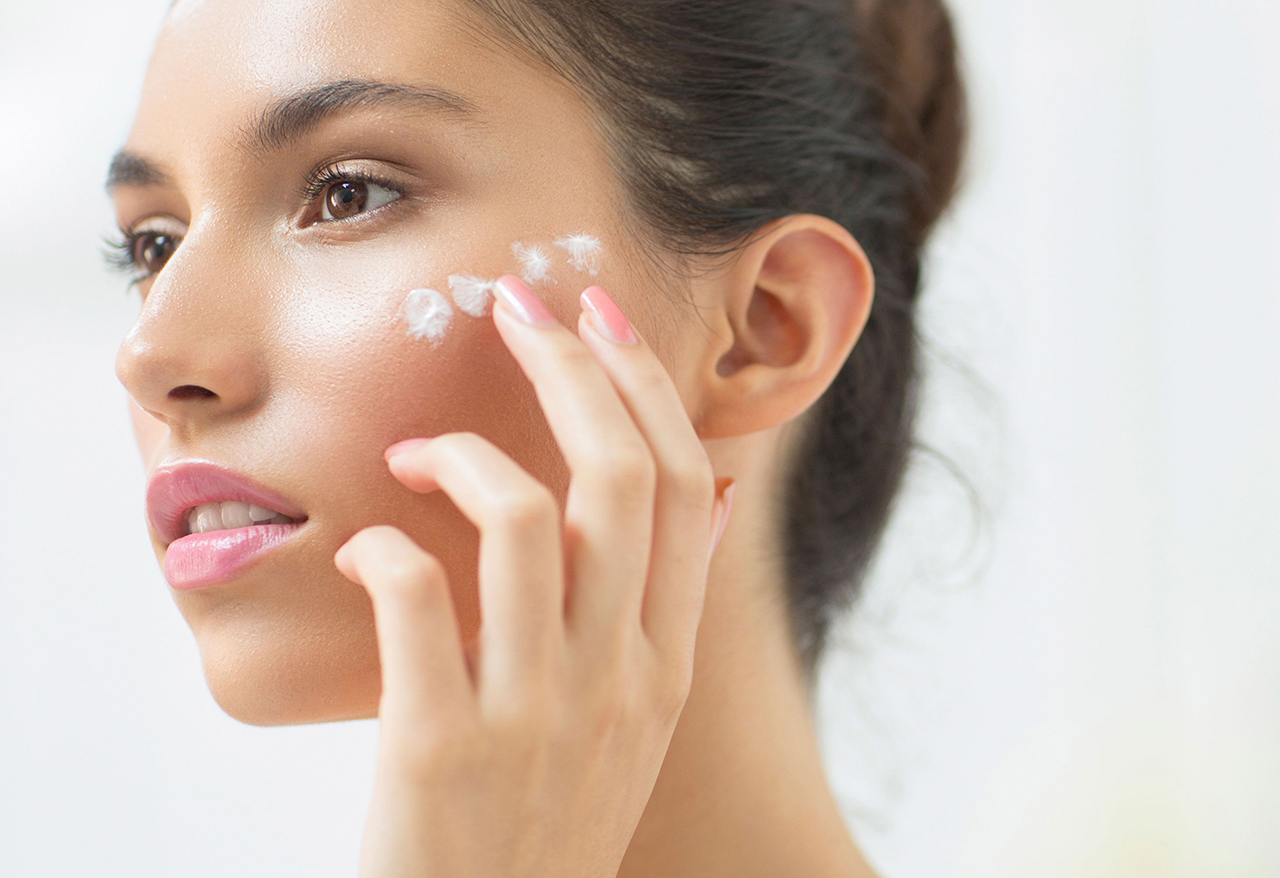 dry skin Dry Skin Symptoms and Treatment Methods dry skin on face