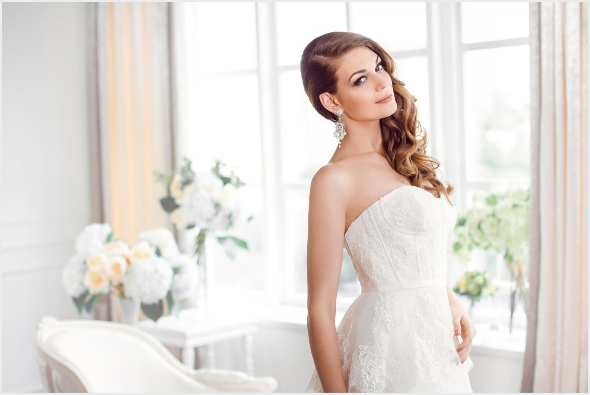 hair and makeup Best Hair and MakeUp Models for Wedding wedding hairstyles bridal services denver at glo salon