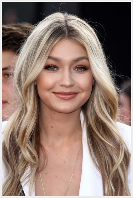 hairdo New Year Best Hairdo 2019 girl crush 35 celebrity hair and makeup looks we love beautiful